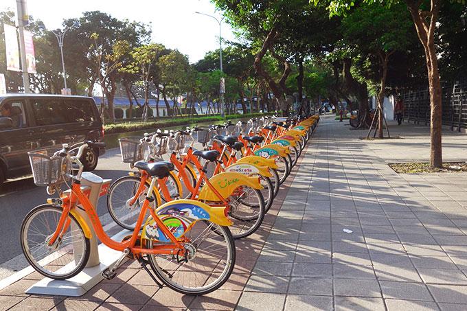 中正記念堂横のユーバイクステーション
