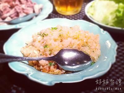 FiFi-茶酒沙龍のあっさり美味しい料理と懐かしのSofa