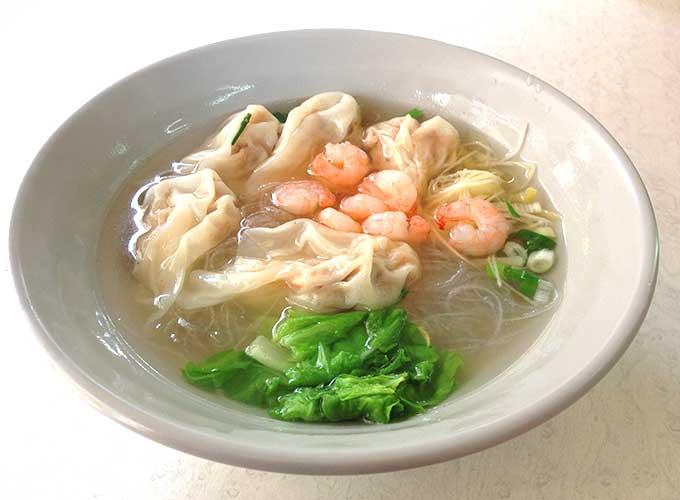 東門の江浙點心でぷりっぷりエビワンタン麺