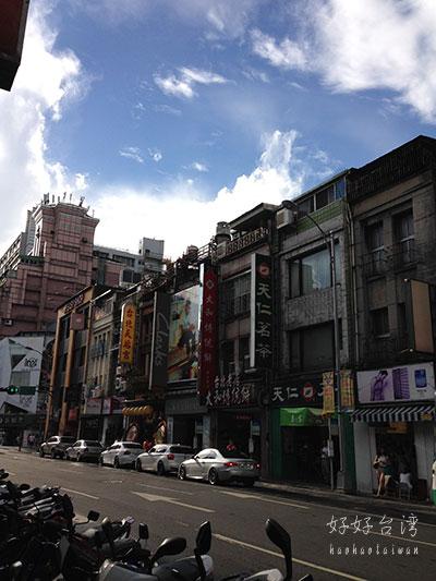 西門駅前にシティスイーツ(城市商旅)西門館がオープン !?