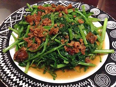 好記担仔麺で安くておいしい台湾料理三昧