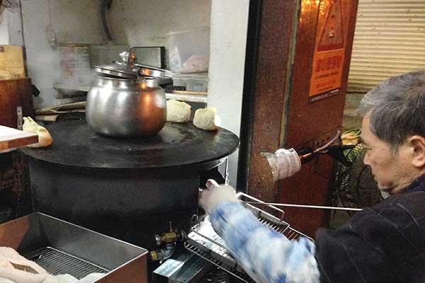 ふらっと寄りたくなる青島豆漿店で台湾式朝ごはん