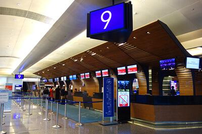 桃園空港ターミナル1のチャイナエアラインチェックインカウンター