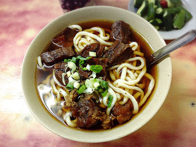 台湾グルメの定番!台湾人も大好きな牛肉麺