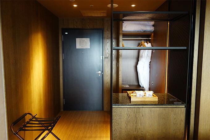 デラックスマーベラスルームの入り口側