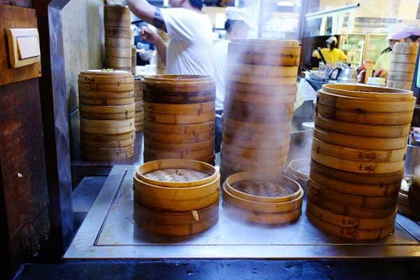 中正記念堂近くの台湾人にも人気のとても有名な杭州小籠湯包