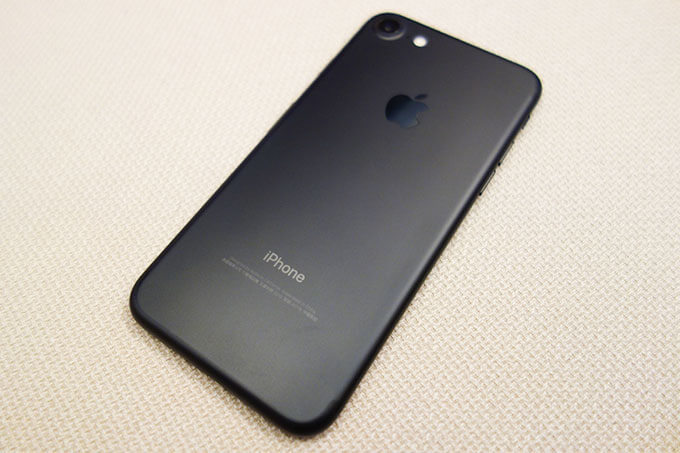 台湾で購入したSIMフリーのiPhone7