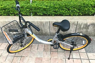 タイヤの内側のオレンジ色が目印のObike(オーバイク)
