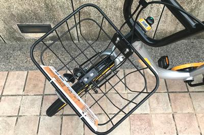 オーバイクの前カゴはワイヤータイプ