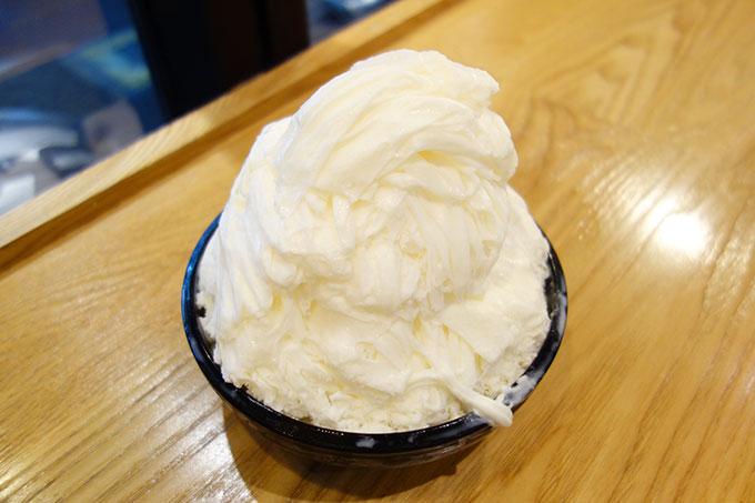 牛奶雪花四種料(105元)